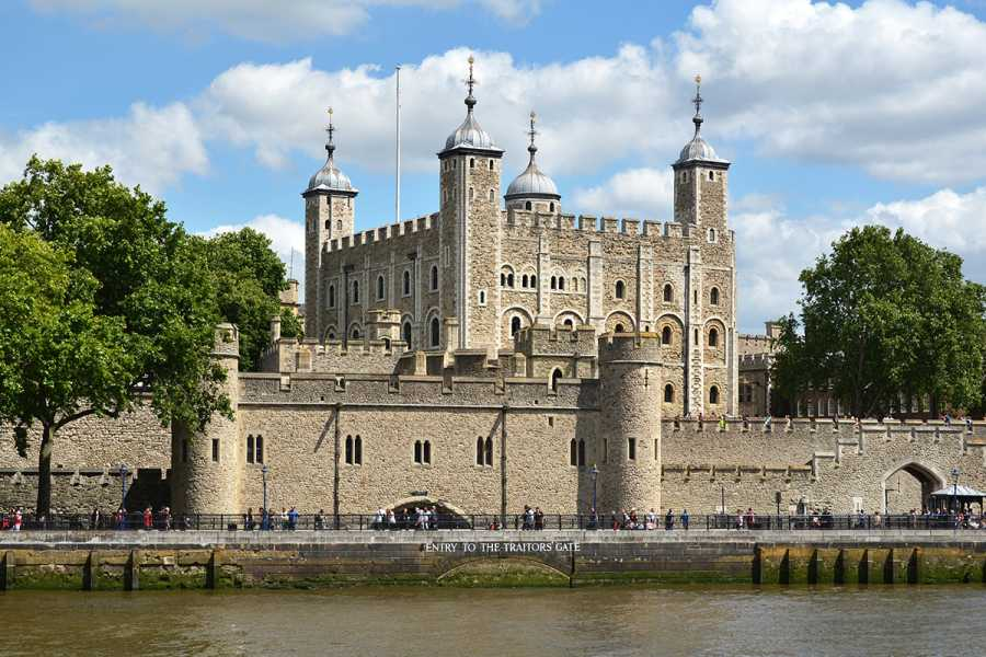 SANDEMANs NEW London Tours London Old City Walking Tour