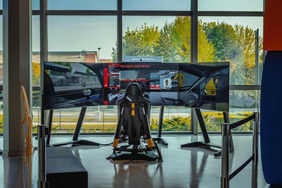 Bologna Welcome Lamborghini Experience, Museo & Fabbrica