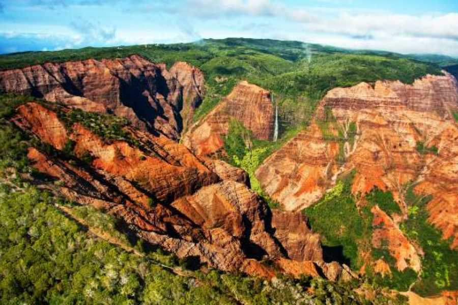 "Dream Vacation Builders Plan Aloha-3: 3 Nights/4 Days- ""Kauai-Waimea Canyon & Fern Grotto Tour"" Package"