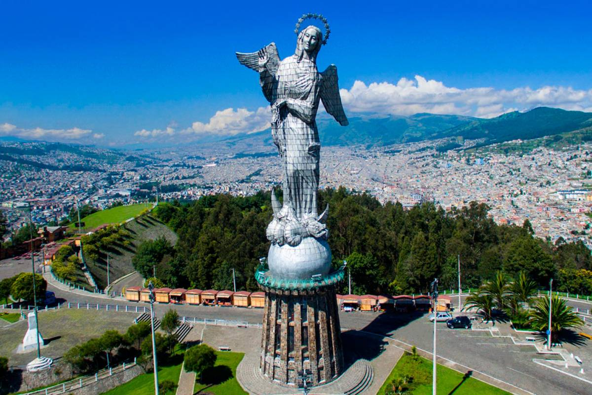 Gray Line Ecuador Promo Novios en Quito y Galápagos