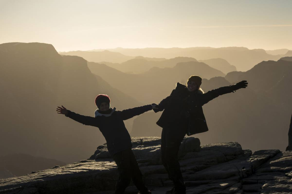 Outdoorlife Norway AS Autumn Hike to Preikestolen