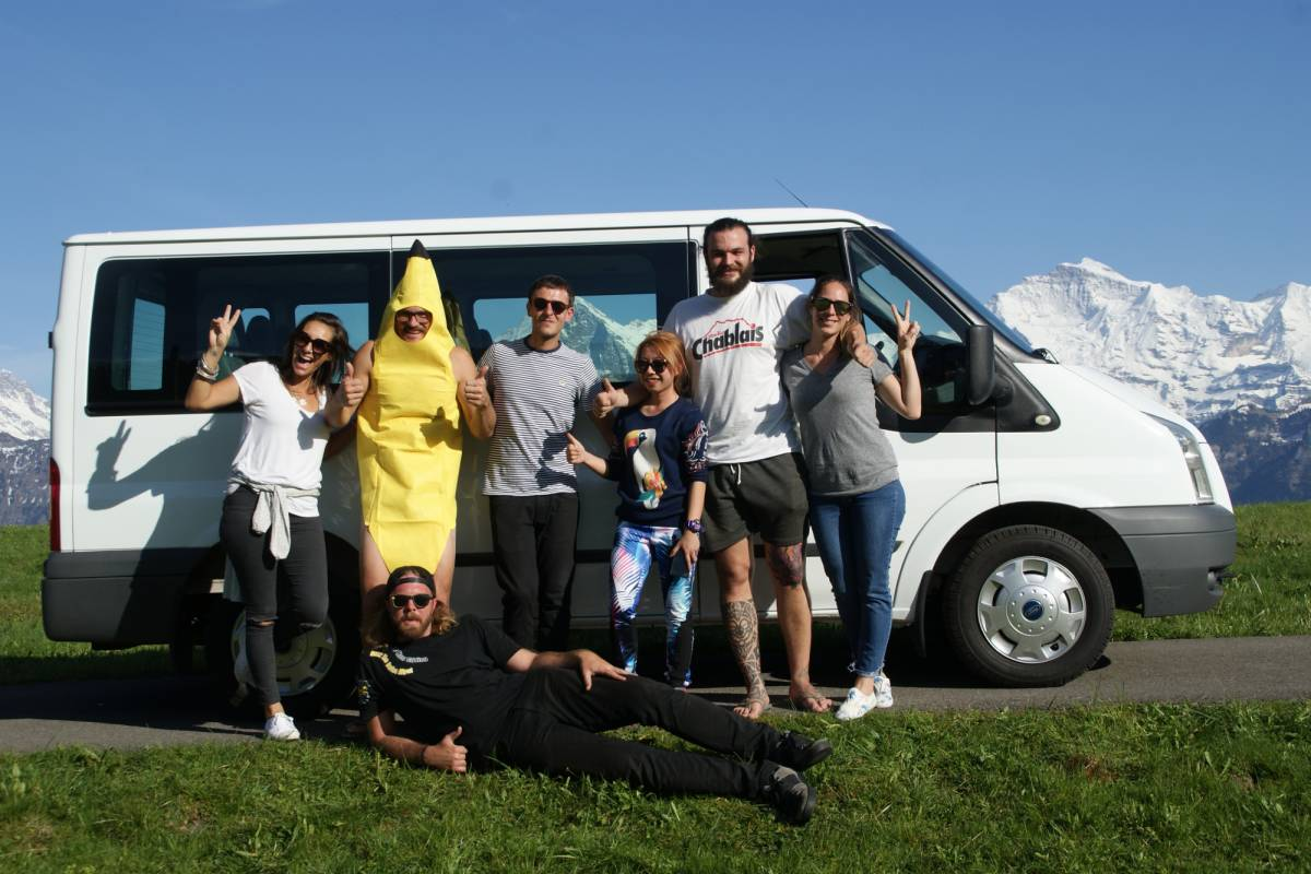 Happybananabus Happy Banana Bus Tour