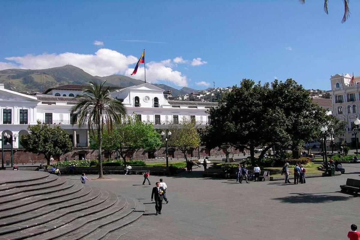 Gray Line Ecuador Quito Auténtico