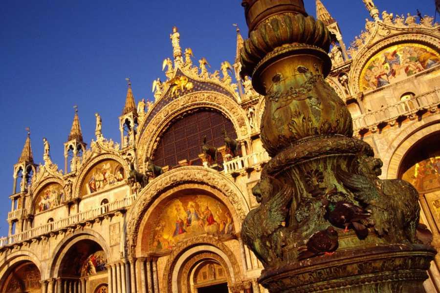 Bus2Alps AG Florence 2 Venice Day Trip
