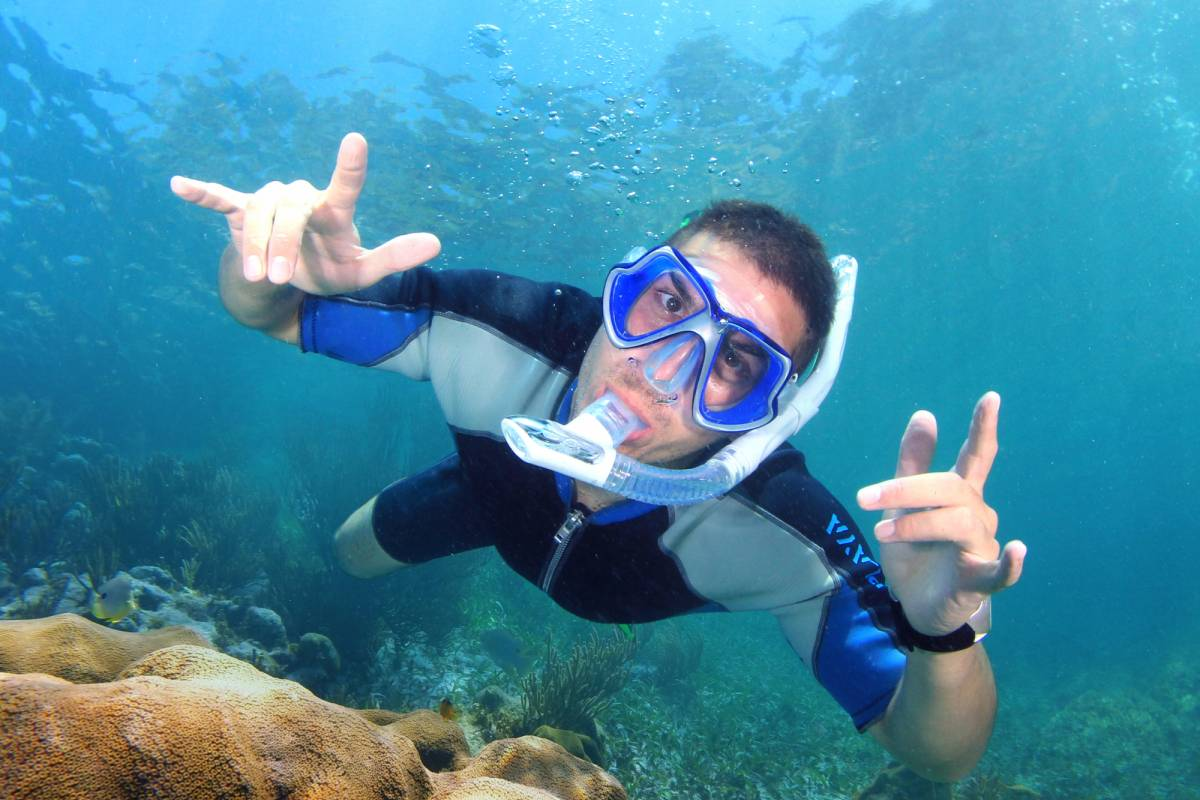 Cancun Vacation Experts SNORKEL IN THE PARADISE