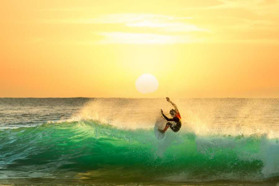 Tour Guanacaste Beginner Surf Lessons