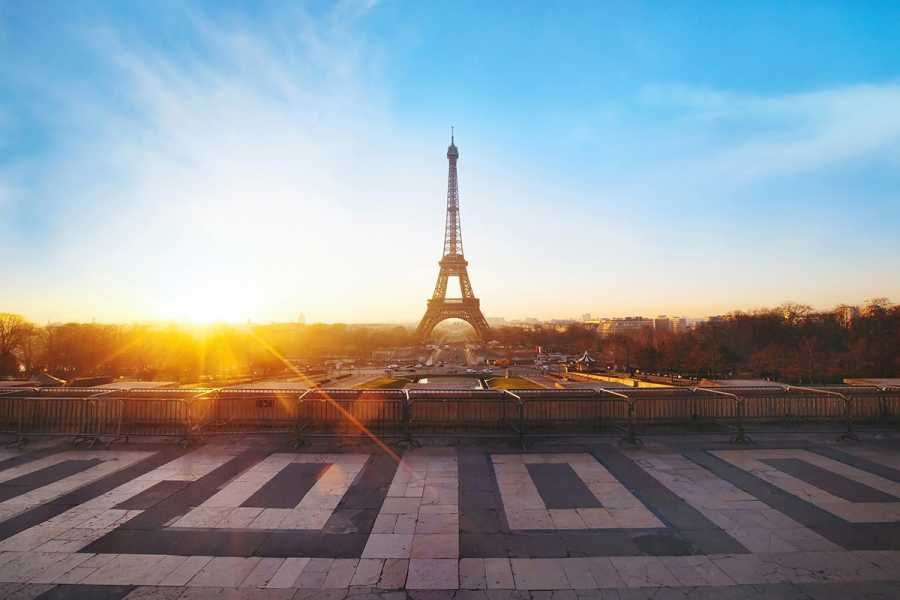 SANDEMANs NEW Europe Paris Appetiser Private City Tour