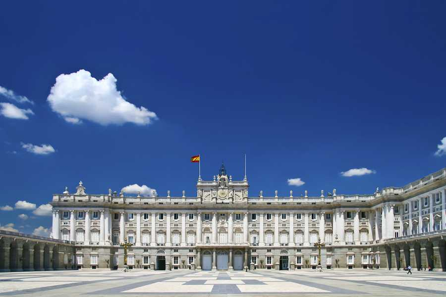 SANDEMANs NEW Europe Madrid General Private City Tour