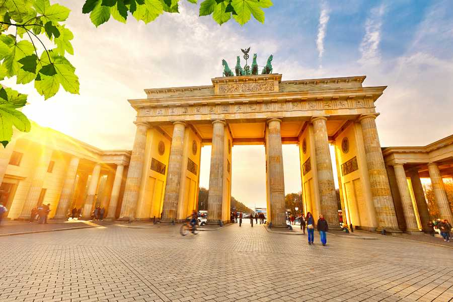 SANDEMANs NEW Europe Berlin Appetiser Private City Tour