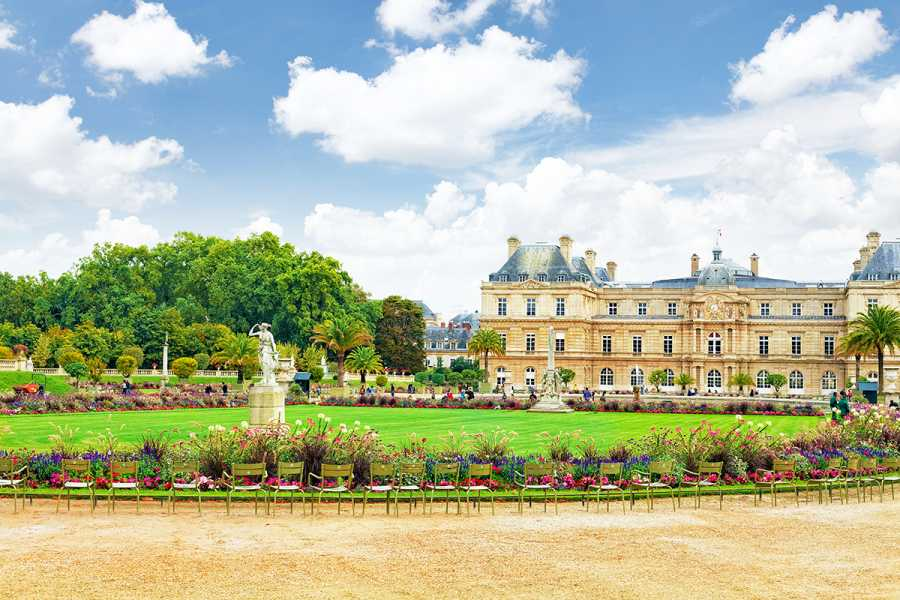 SANDEMANs NEW Europe Tour General de París