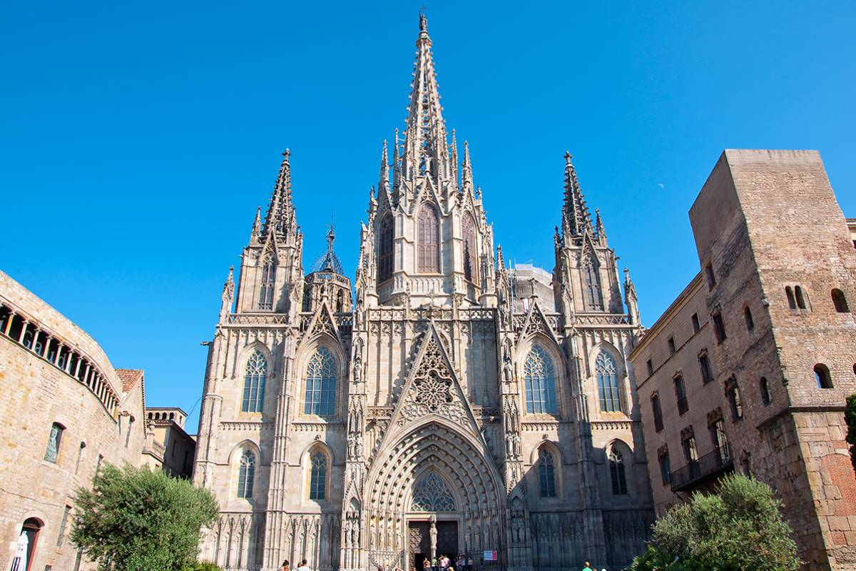 SANDEMANs NEW Europe Barcelona General Private City Tour