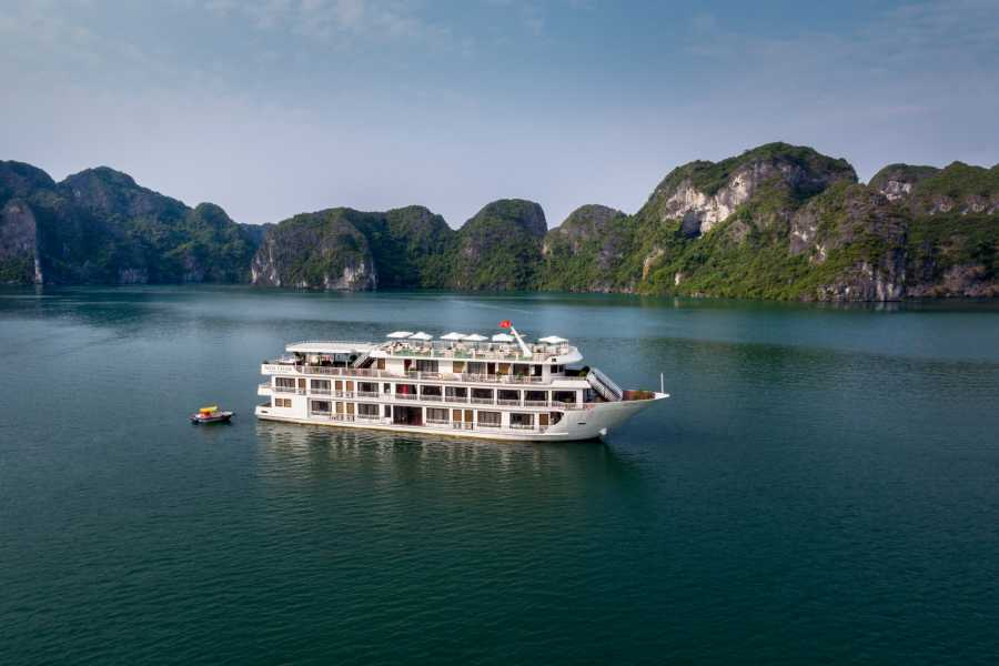 Friends Travel Vietnam Alisa Cruise | 3D2N Halong Bay