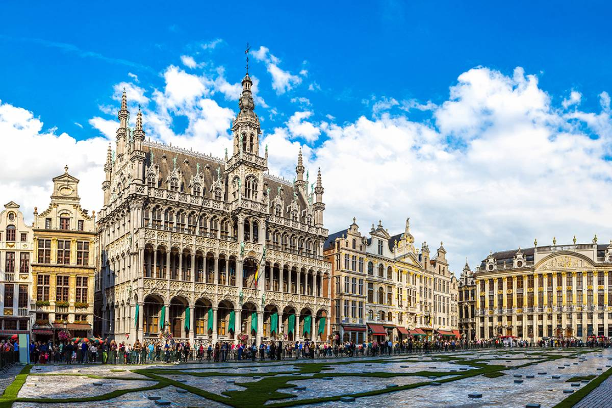 SANDEMANs NEW Brussels Tours FREE Tour of Brussels