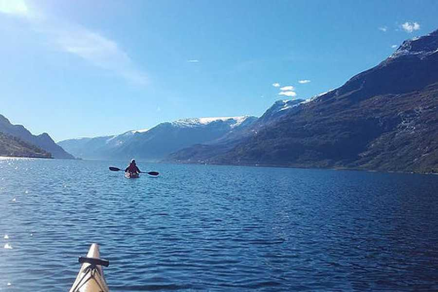 Stana Gard Experience the Hardangerfjord from the seaside