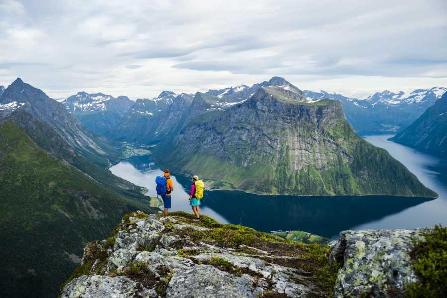 Uteguiden AS Sunnmøre kayak weekend