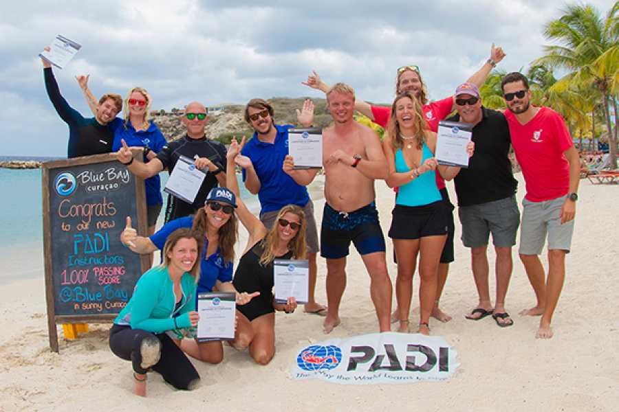 Blue Bay Dive & Watersports Karriere-Change-Programm!