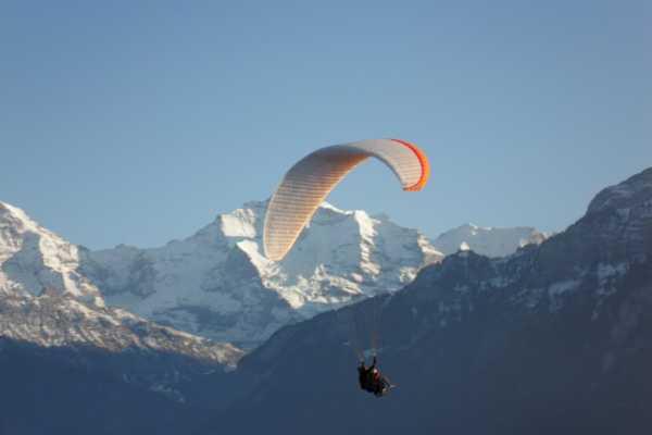 Swiss Paragliding & Adventure GmbH *Paragliding Schynige - Interlaken