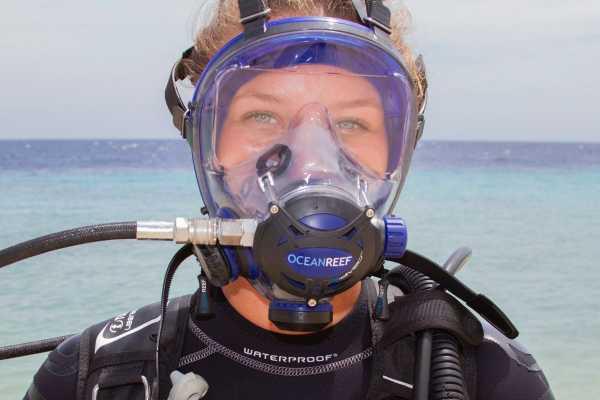Blue Bay Dive & Watersports PADI Ocean Reef Full Face IDM
