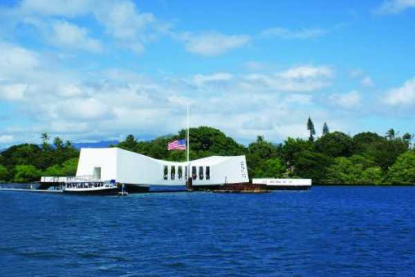 Dream Vacation Builders Oahu- Day at Pearl Harbor, USS Arizona, Honolulu City Tour