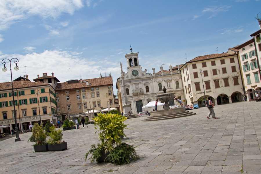 Alps2Adria Touristik OG Transfer von Triest nach Salzburg