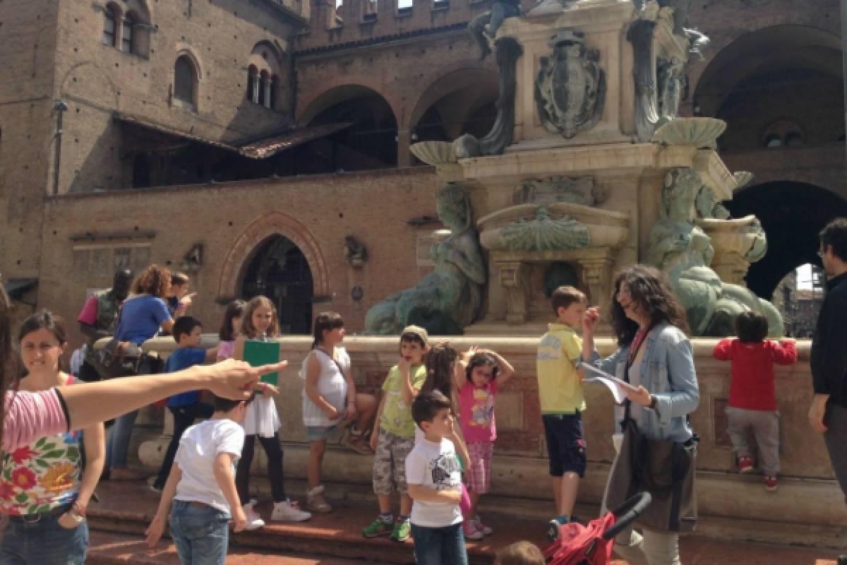 Bologna Welcome Kids Treasure Hunt Tour