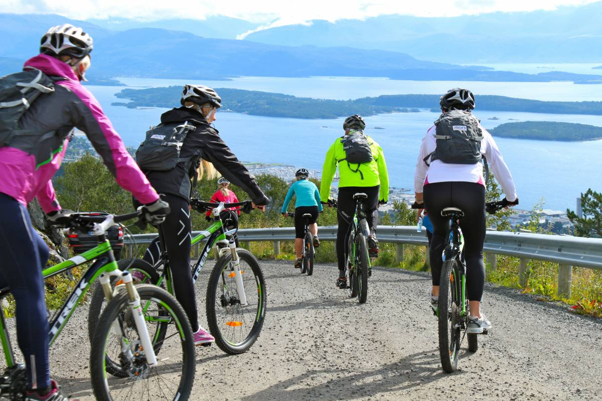Molde Adventure Center Rent a mountain bike