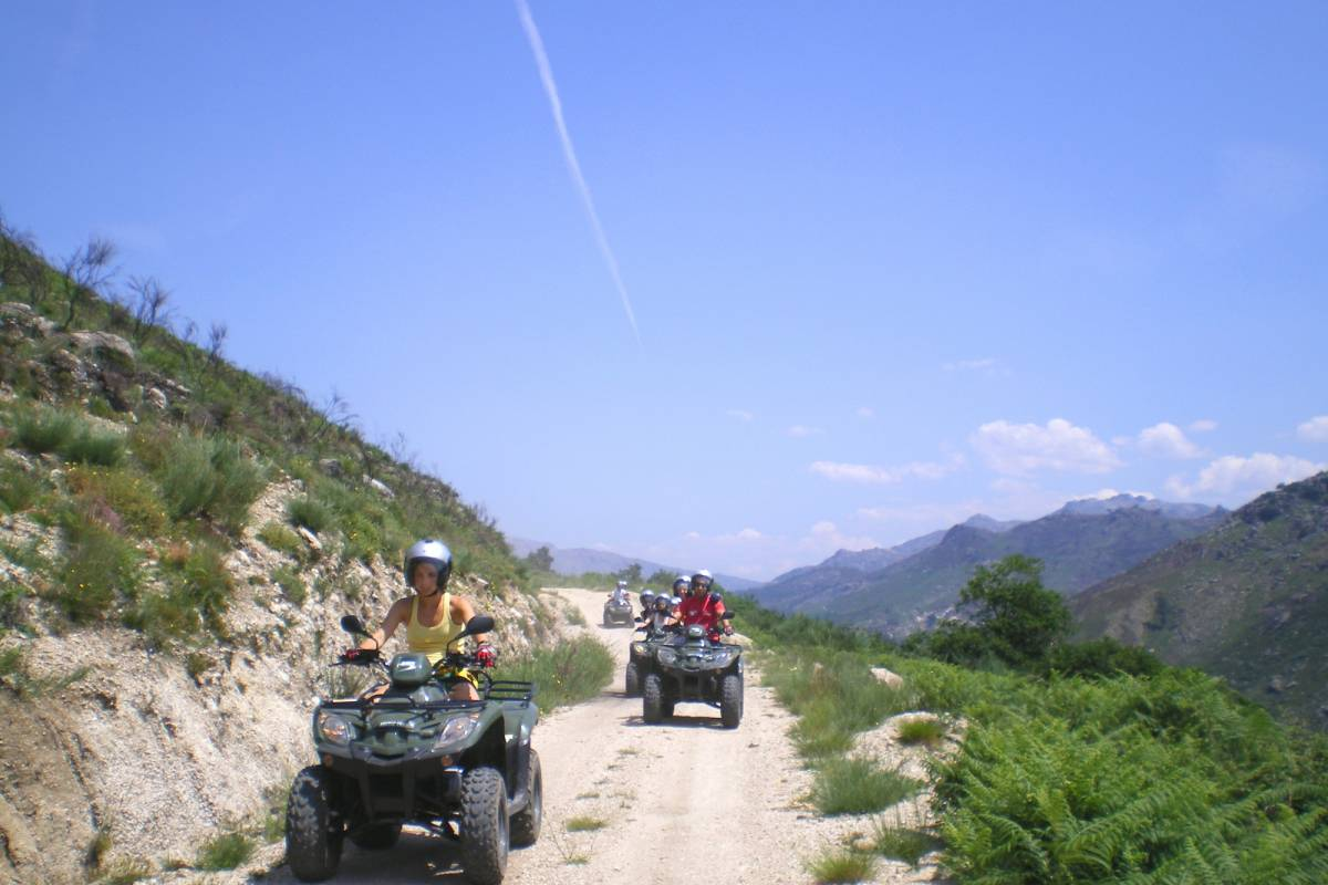 Gerês Holidays Moto 4 & Kart Cross no Gerês