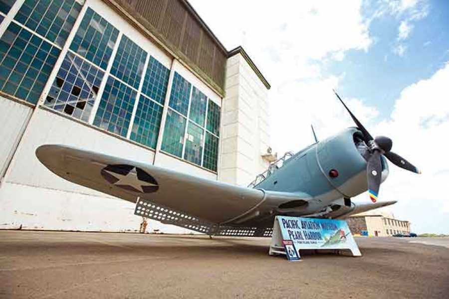 Dream Vacation Builders Pacific Aviation Museum, Arizona Memorial & Pearl Harbor Tour
