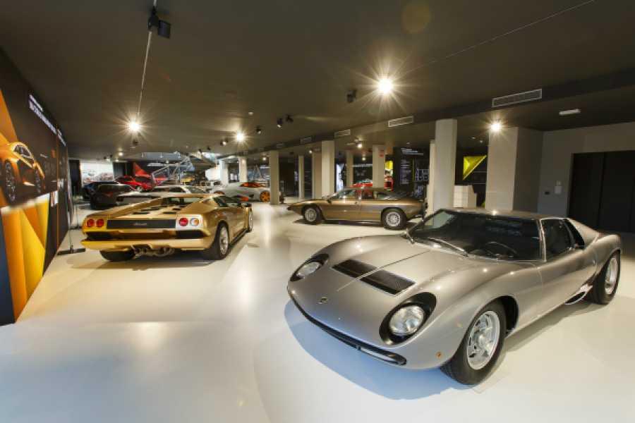Bologna Welcome The Land of Motors: Ferrari, Pagani and Lamborghini