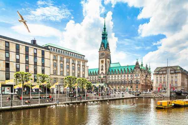 2-hour Hamburg Highlights Private Tour