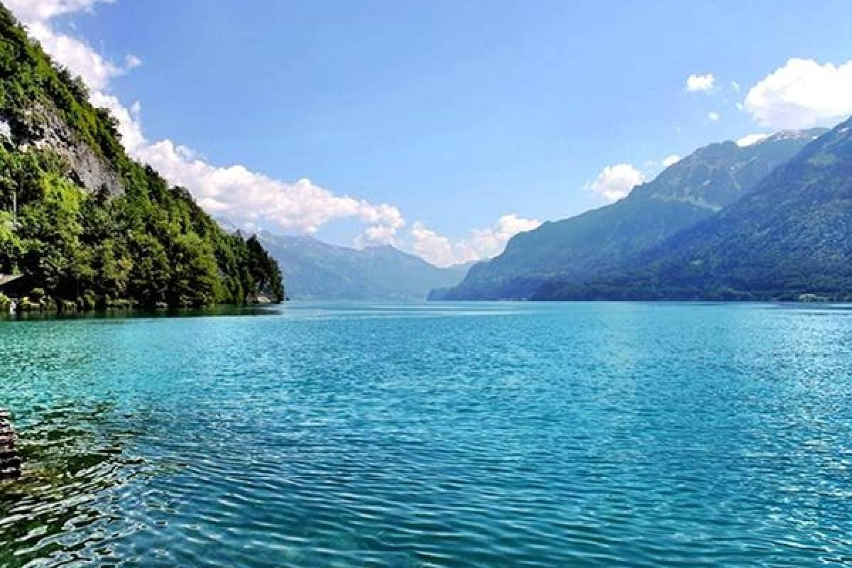 Bus2Alps AG Rome 2 Interlaken & Lake Como