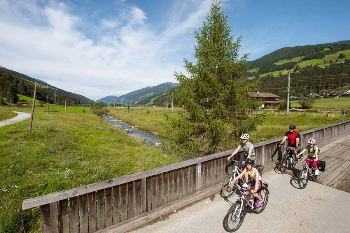 Alps2Adria Touristik OG Transfer von Lavamünd nach Villach