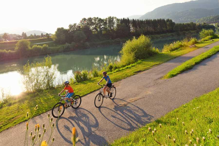 Alps2Adria Touristik OG Transfer von Villach nach Salzburg