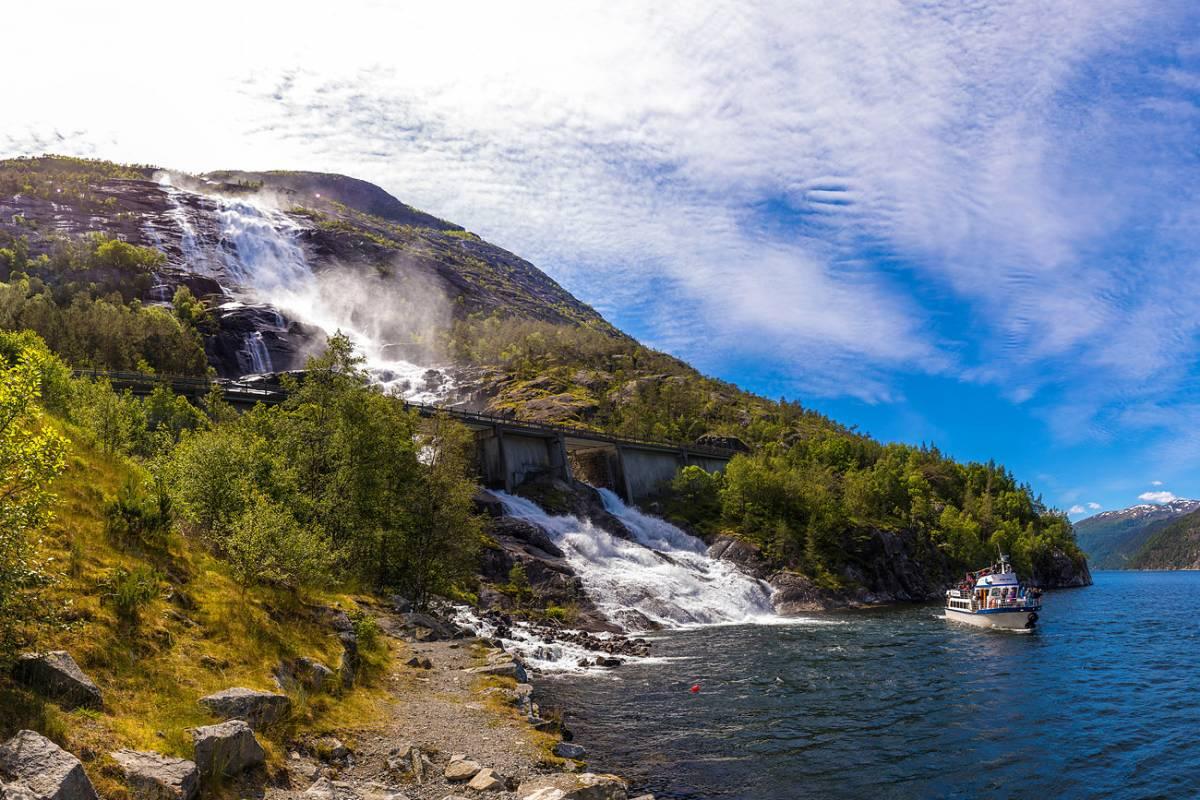 Åkrafjorden Oppleving AS Ei heiso reis (fullbooka)
