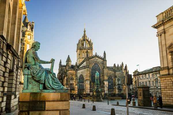 SANDEMANs NEW Europe Edinburgh General Private City Tour