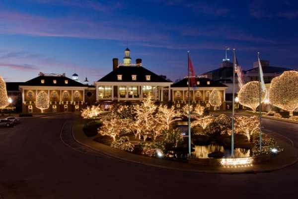 Christmas in Nashville, Memphis & Dollywood 2018 - Dream Vacation ...