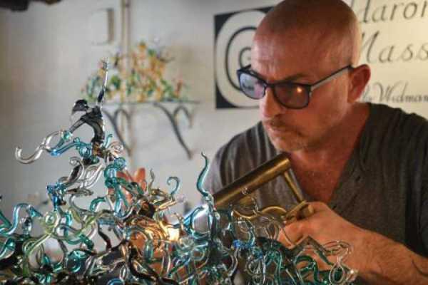 Venice Tours srl Lección con un maestro: crea tu personal pieza de vidrio