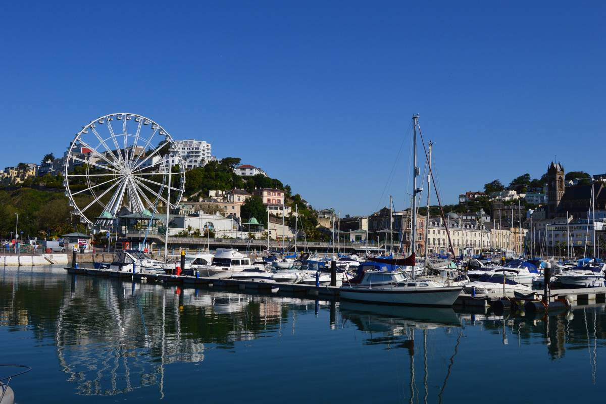 Oates Travel St Ives TORQUAY DAY TRIPPER, MONDAY AUGUST 27TH