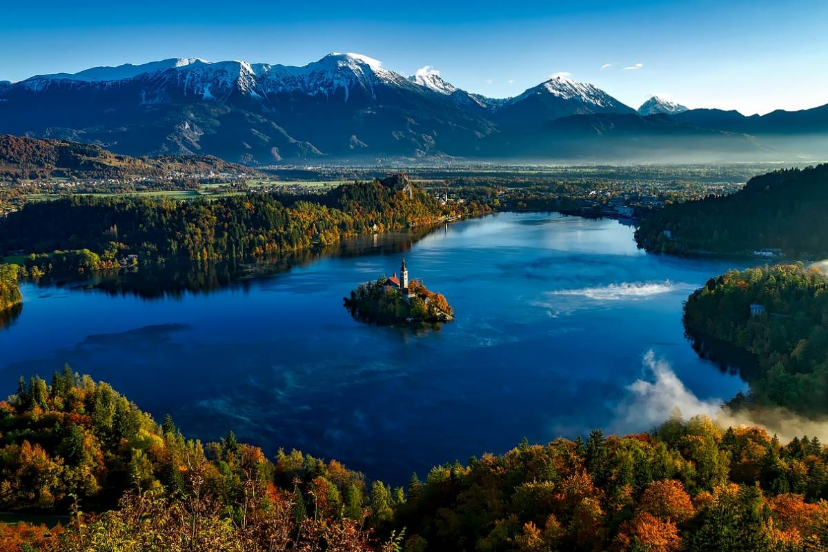 Nature Trips Lakes and Mediterrenean 9 days Tour - Venice,Croatia,Slovenia and Austria