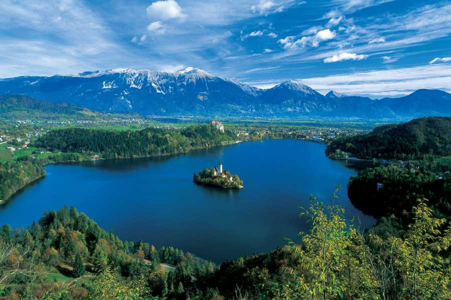 Nature Trips Charming Lakes and Adriatic Harmony 9 days Tour - Croatia,Slovenia and Austria