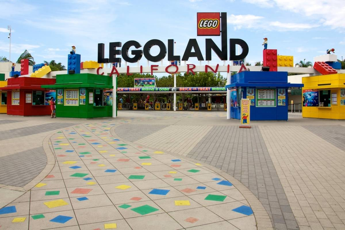 Dream Vacation Builders Legoland California + Transfers From San Diego