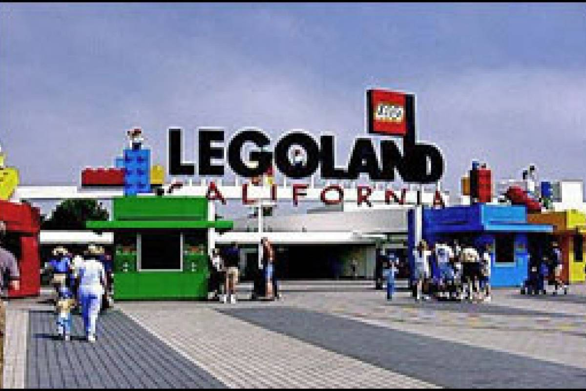 Southern California Ticket & Tour Center Round Trip Transfer to Legoland from SAN