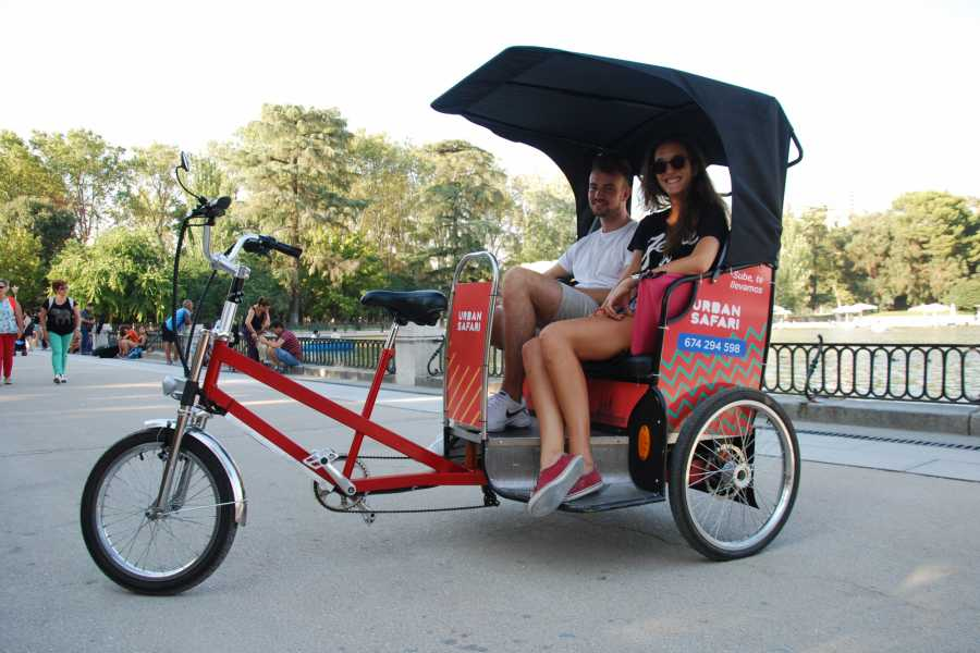 Urban Safari Tours Bici-Taxi: Romance en la Jungla