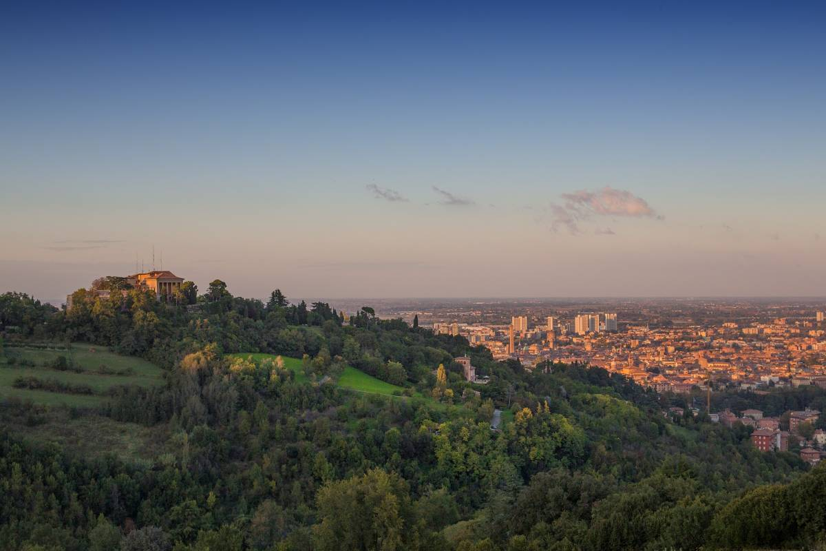 Bologna Welcome Green Tour - Soft Trekking sui Colli di Bologna