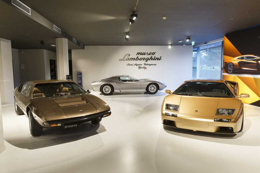 Bologna Welcome Ducati&Lamborghini: museums and factories