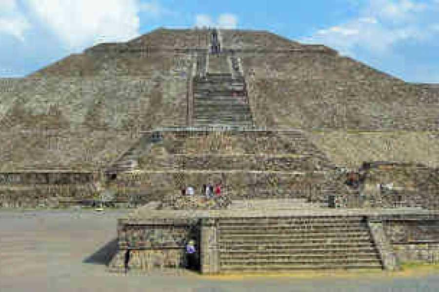VIAJERO MEXICO Mexiko-Stadt CDMX / Teotihuacan, Platz der drei Kulturen und Basilikarisches Zentrum