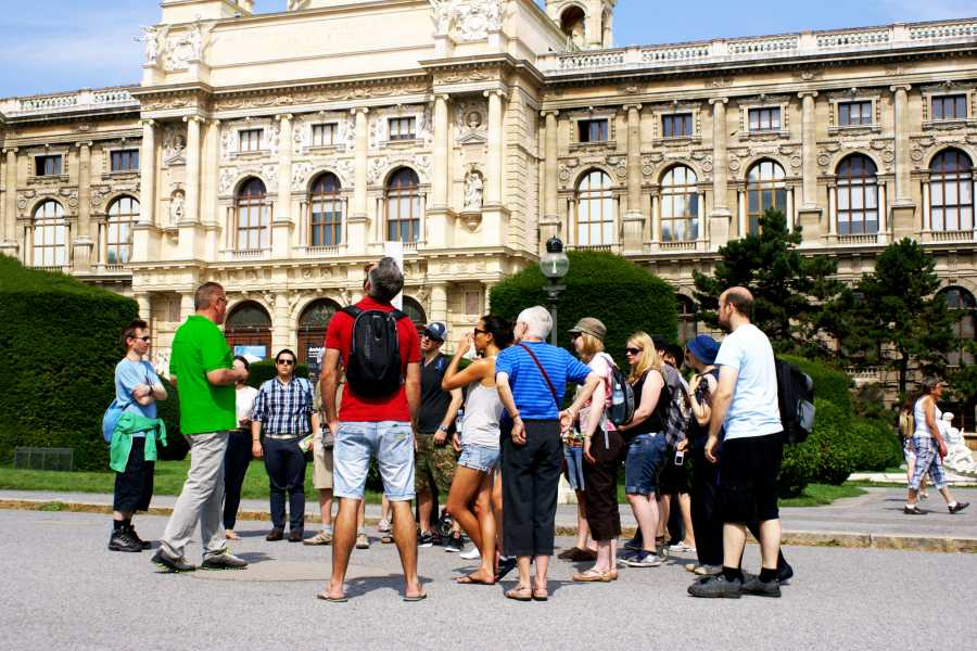 Vienna Explorer - Tours and Day Trips Full day Vienna - Combo Tour