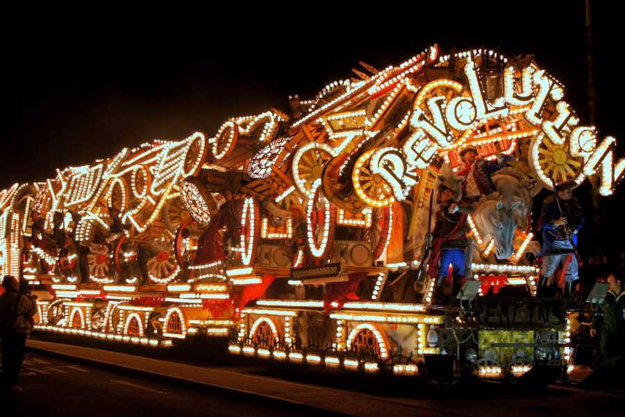 Oates Travel St Ives BRIDGWATER ILLUMINATED CARNIVAL - SATURDAY 2ND NOVEMBER 2019