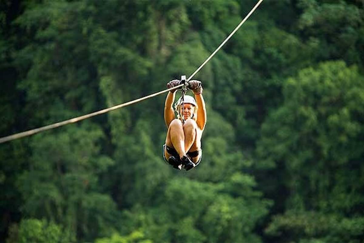 Kelly's Costa Rica Tamarindo Ziplining