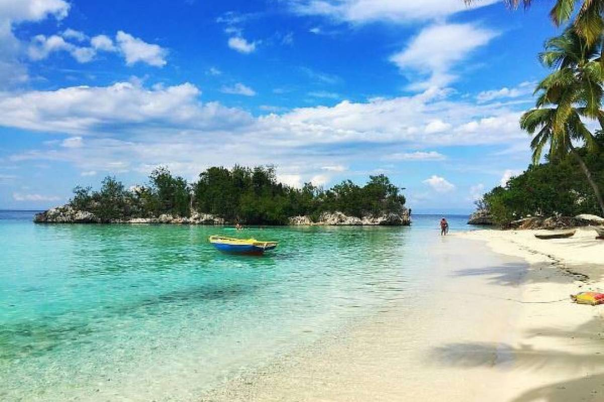 Marina Blue Haiti Kokoye Beach boat excursion